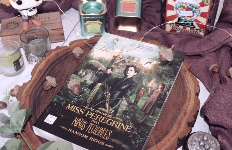 Foto para bookstagram del libro de Miss Peregrine de Ransom Riggs